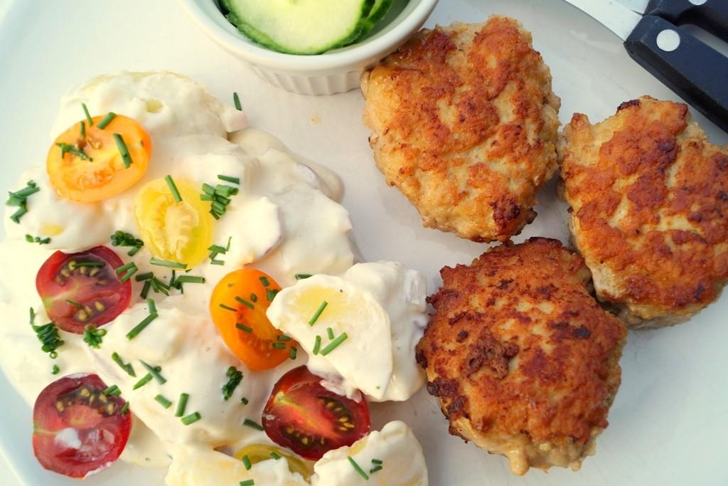 Kartoffelsalat Med Frikadeller