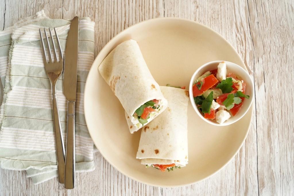Wraps med grøntsagsfyld og feta