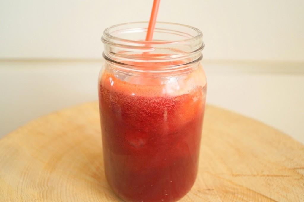 Gulerodsjuice med appelsiner og rødbede